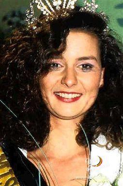 Janelle Monae Cleavage